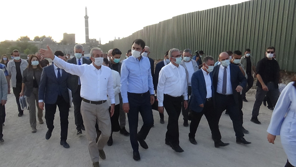 Bakan Kurum Diyarbakır'da