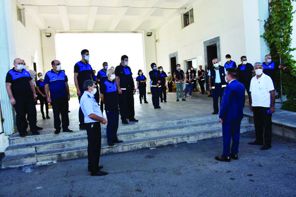 Beyoğlu'ndan denetim ekiplere moral ziyareti