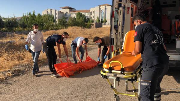 Bir inşaatta erkek cesedi bulundu