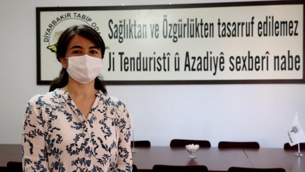 Turan: Sağlıkçılar virüse yakalanınca seviniyor!