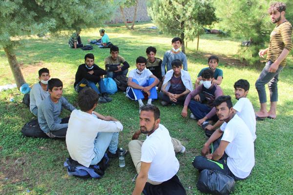 Göçmenlerin umut yolculuğu Diyarbakır'da son buldu