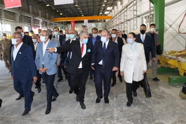 Bakan Varank Lice'de mermer fabrikasının açılışını yaptı