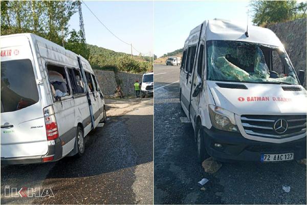 VİDEO HABER – Tarım işçilerini taşıyan minibüs kaza yaptı: 14 yaralı