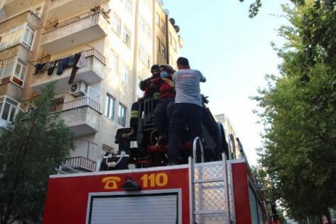 Yangında ağır yaralanan kadın hayatını kaybetti