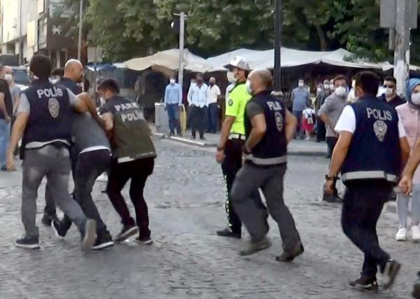 Korona denetimlerinde zabıta ekiplerine saldırı