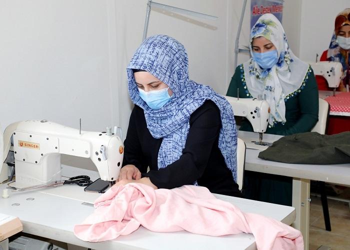 kadın-terzi-tekstil